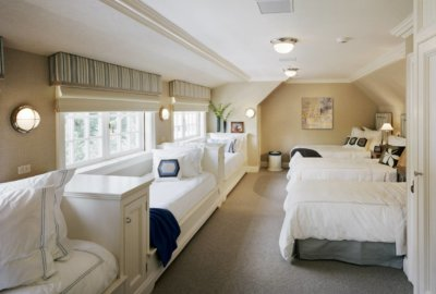 Bronxville guest house